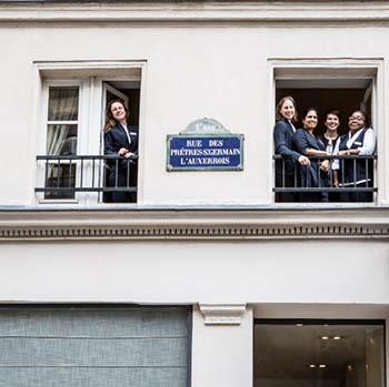 L'equipe de l'Hôtel de la Place du Louvre à Paris