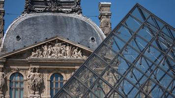 le carroussel et le musée du louvre